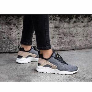 Women's Nike Air Huarache Run Ultra